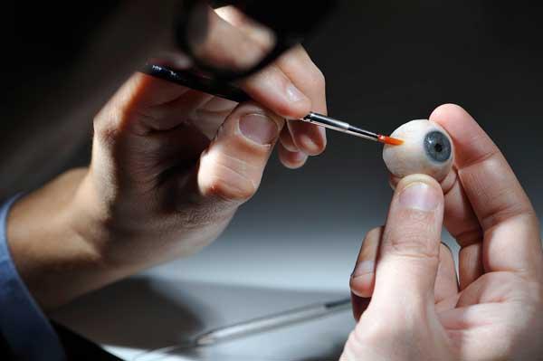 cuanto cuesta una protesis ocular